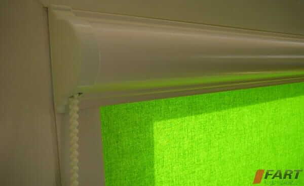 roleta w kasecie zielona
